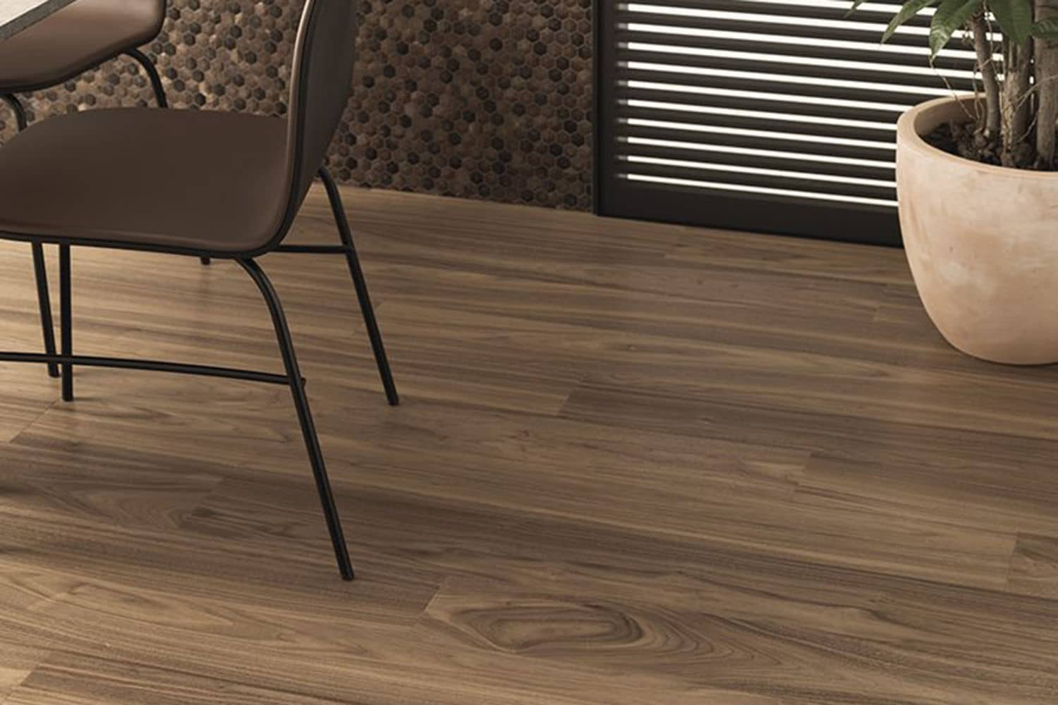 Img Mnat Trento 1L Walnut Colors Aluminium Chocolate